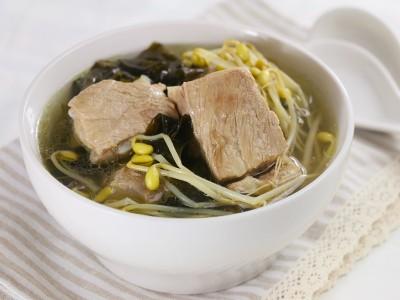 食譜-黃豆芽海帶排骨湯