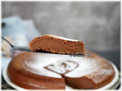 食譜-一鍵搞定的巧克力蛋糕【電鍋料理】