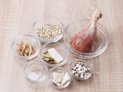 食譜-山藥補筋湯