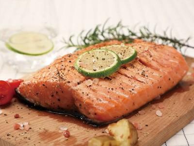 食譜-鮭魚佐海鹽